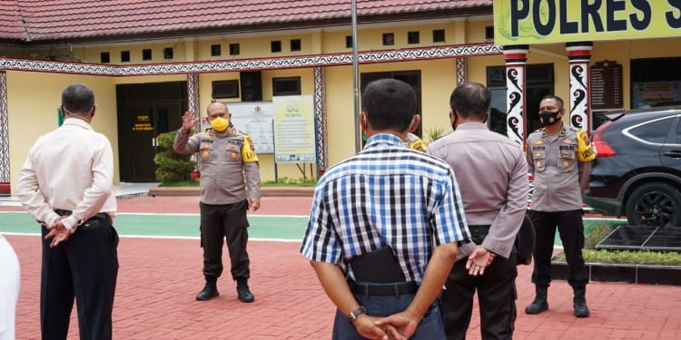 Kapolres Simalungun AKBP Agus Waluyo, S.I.K, saat Memberikan Arahan Kepada Personil Polres Simalungun.