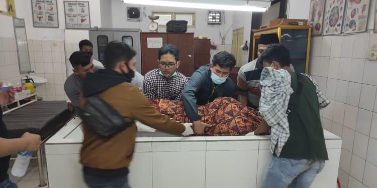 Jasad Korban saat di Ruang Forensik RSUD Djasamen Saragih