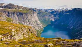 Cunard Line norwegian landscape on the way to Trolltunga