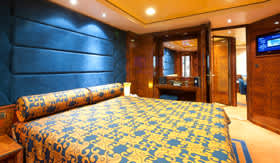 MSC staterooms Yacht Club Exectutive & Family Suite