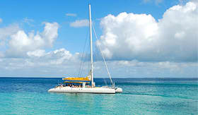 norwegian Cruise Line catamaran ride to snorkel adventure