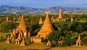 Viking River Cruises Temples in Bagan, Myanmar