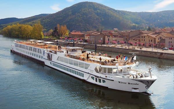 Uniworld River Cruises-S.S. Bon Voyage