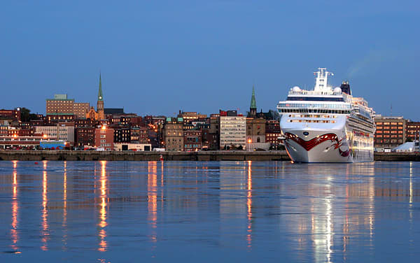 Norwegian Cruise Line-Canada / New England
