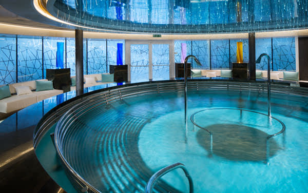 Koningsdam Spa & Fitness Vendor Experience