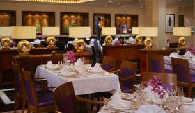 Cunard dining Queens Grill Restaurant