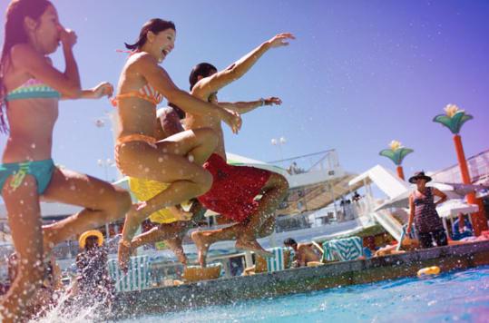 Norwegian Cruise Line - Pool