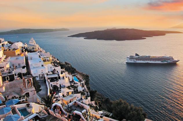 Norwegian Cruise Line returns to Greece with Norwegian Jade