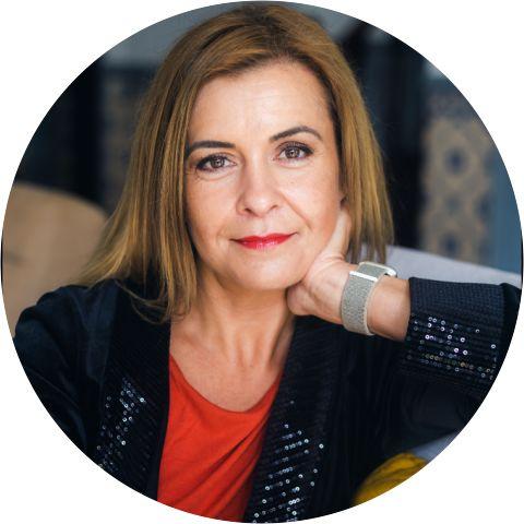 Anita Veszeli