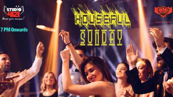 Housefull Sunday