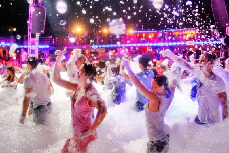 Biggest Foam - Pool Party In Bangalore