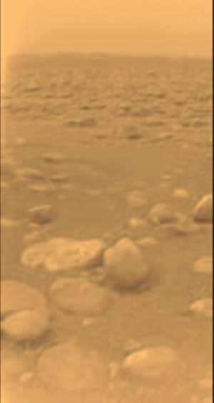 landing pillars Τιτάνας   ατμοσφαιρικός και μυστηριώδης