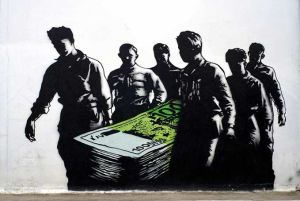 Greek Street Art Euro Funeral wtx94u 300x201 Δόγμα του σοκ και θεραπεία σοκ