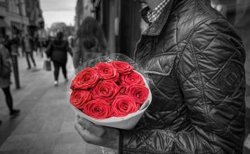 abouquet roses fz2bc6 gp01qu 356x220 rema