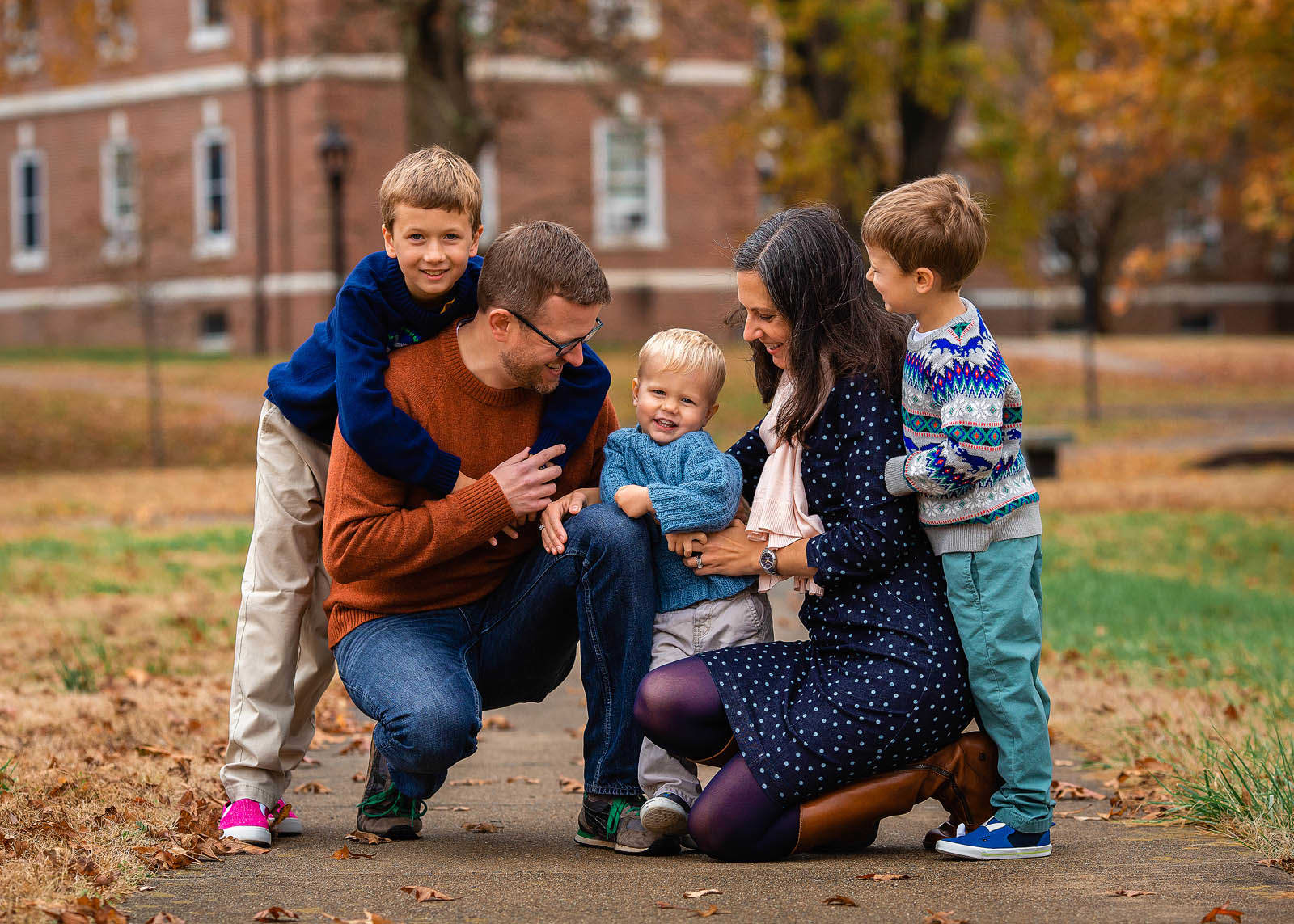 family of 5 photo session in raleigh nc