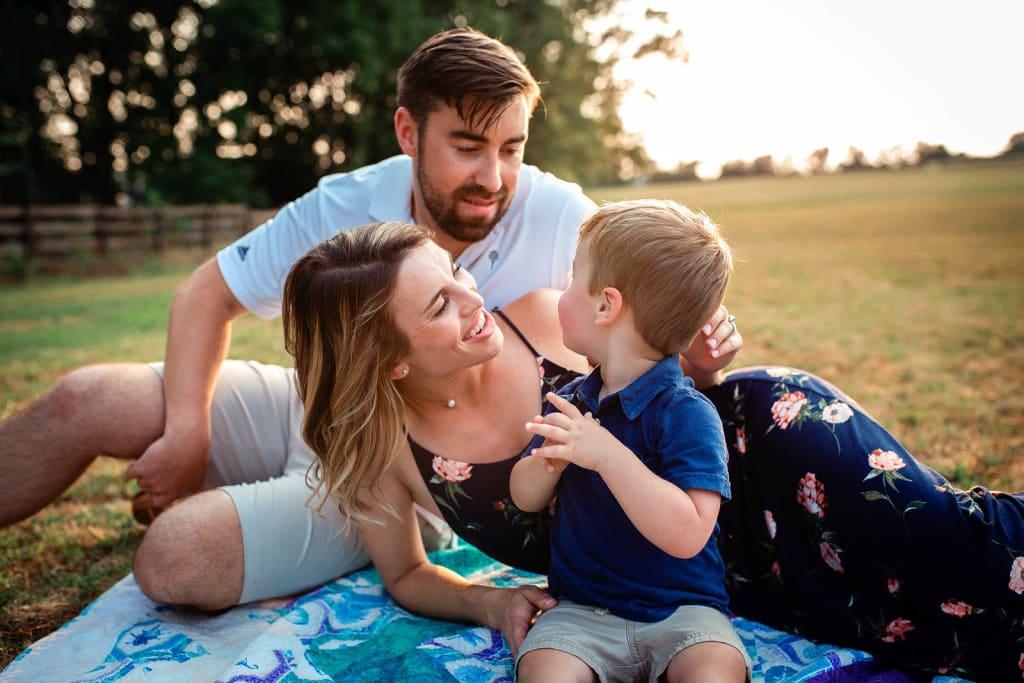 family photo shoot at sugg farm park