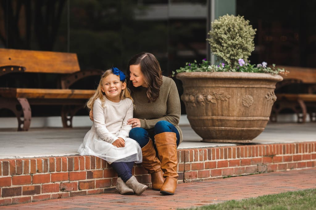 mommy and daughter portrait american tobacco campus photo shoot