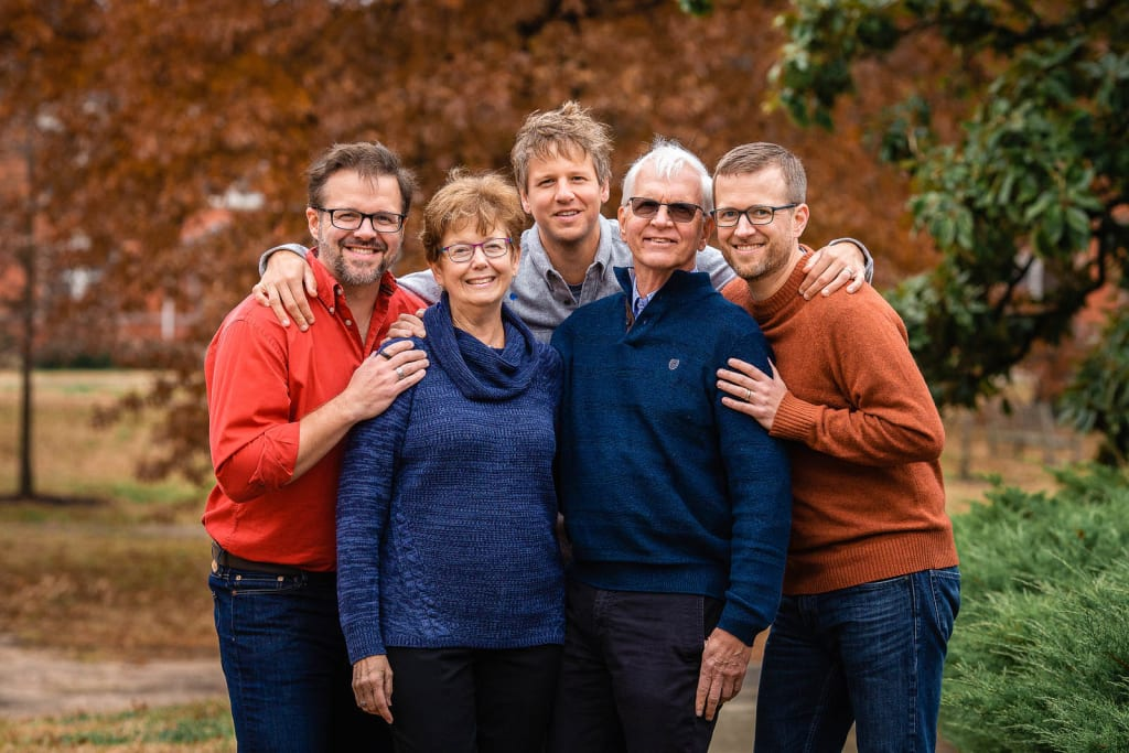 extended family portrait session in raleigh
