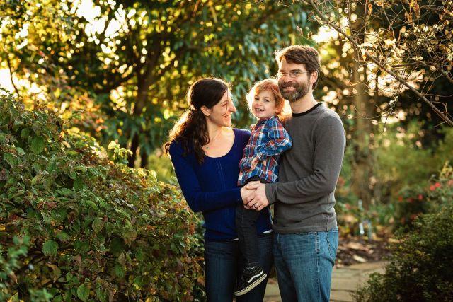 family photo session in jc raulston arboretum