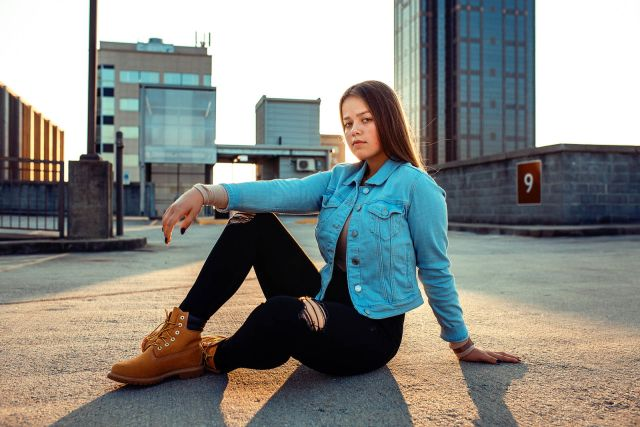 senior photo session raleigh downtown