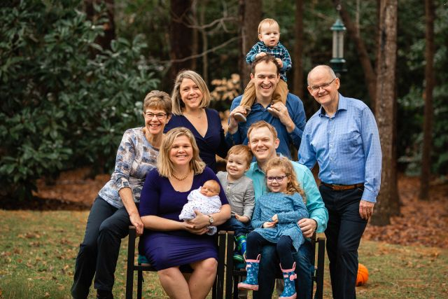 extended family portrait session raleigh nc