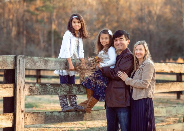 family outfit ideas for photo session