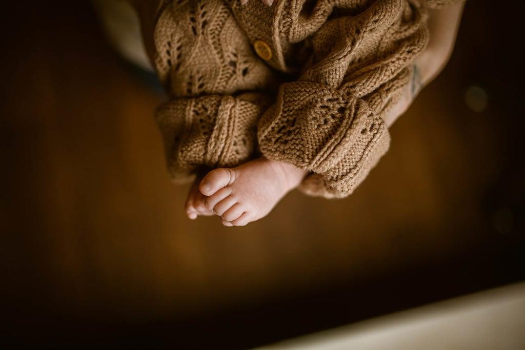 lifestyle newborn photographer raleigh nc