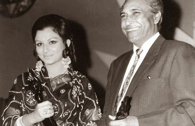 Sharmila Tagore and Ashok Kumar