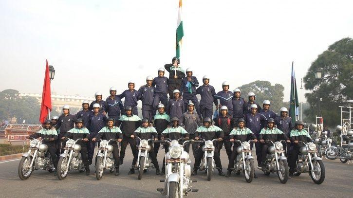 captain shikha surabhi republic day army daredevils team corps of signal first female officer show