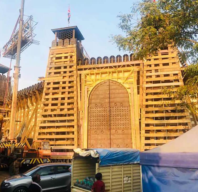 Yash Raj Films Ranbir Kapoor And Sanjay Dutt's EXPENSIVE Shamshera Fortress-1