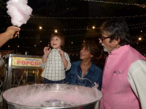 SRK AbRam and Amitabh Bachhan