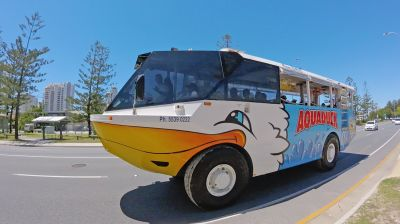 Duck Bus in Main Beach