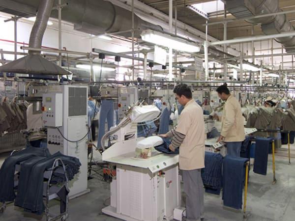 Photo d'employés de l'industrie textile