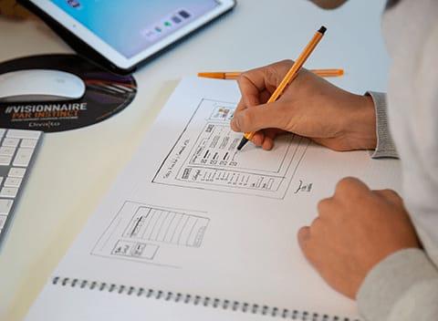 Designer UX au travail