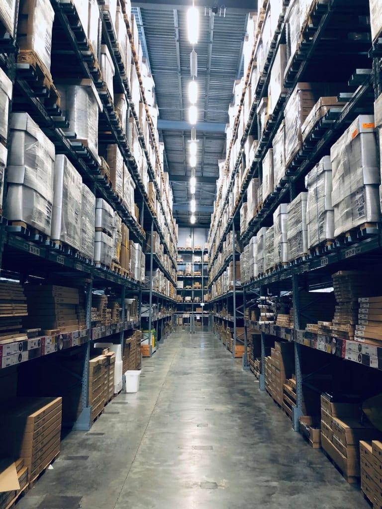 entrepôt stock rayons