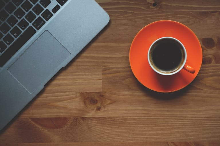 technologie ordinateur café