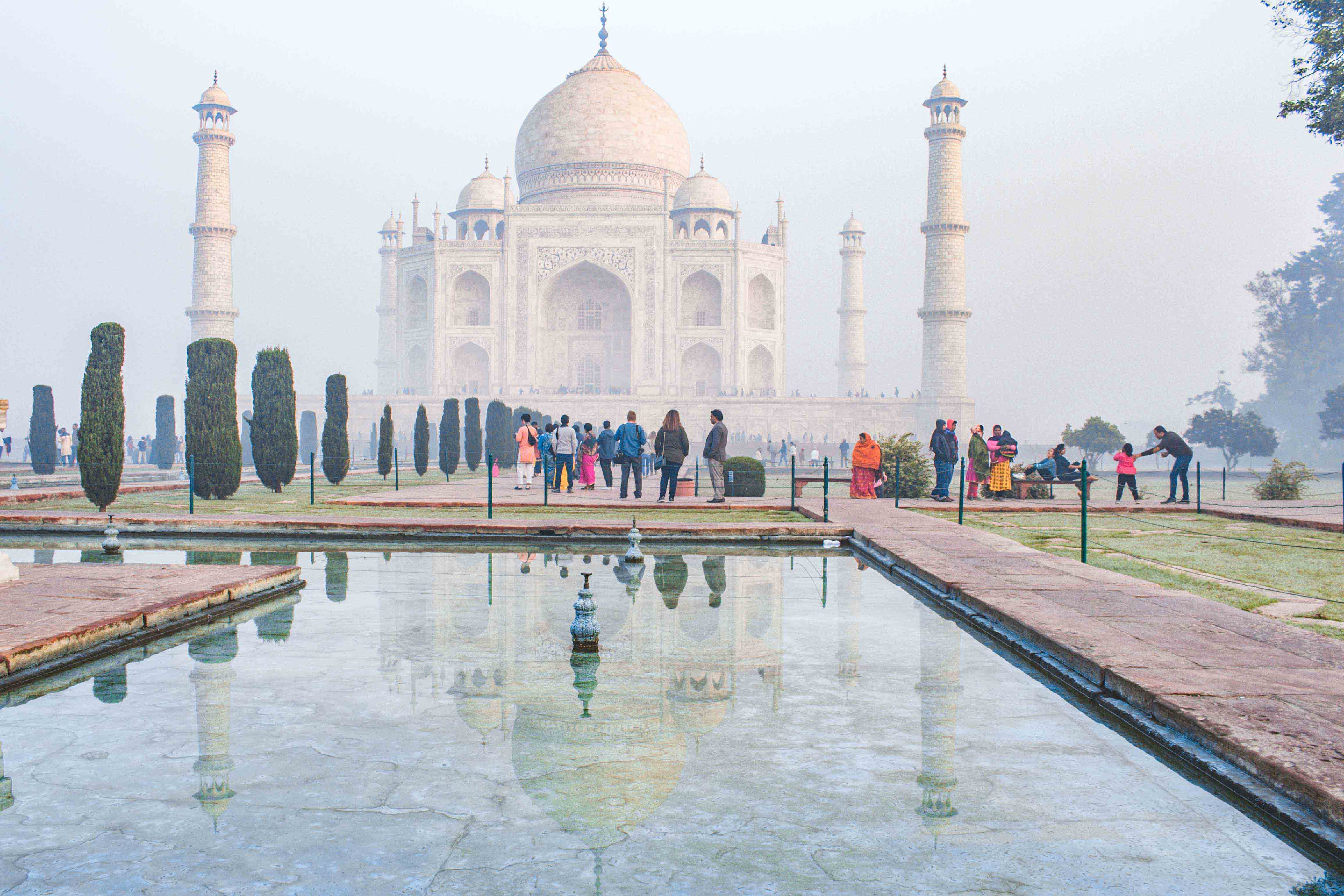Agra: Sunrise Taj Mahal Tour Including Hotel Pick-up and drop-off