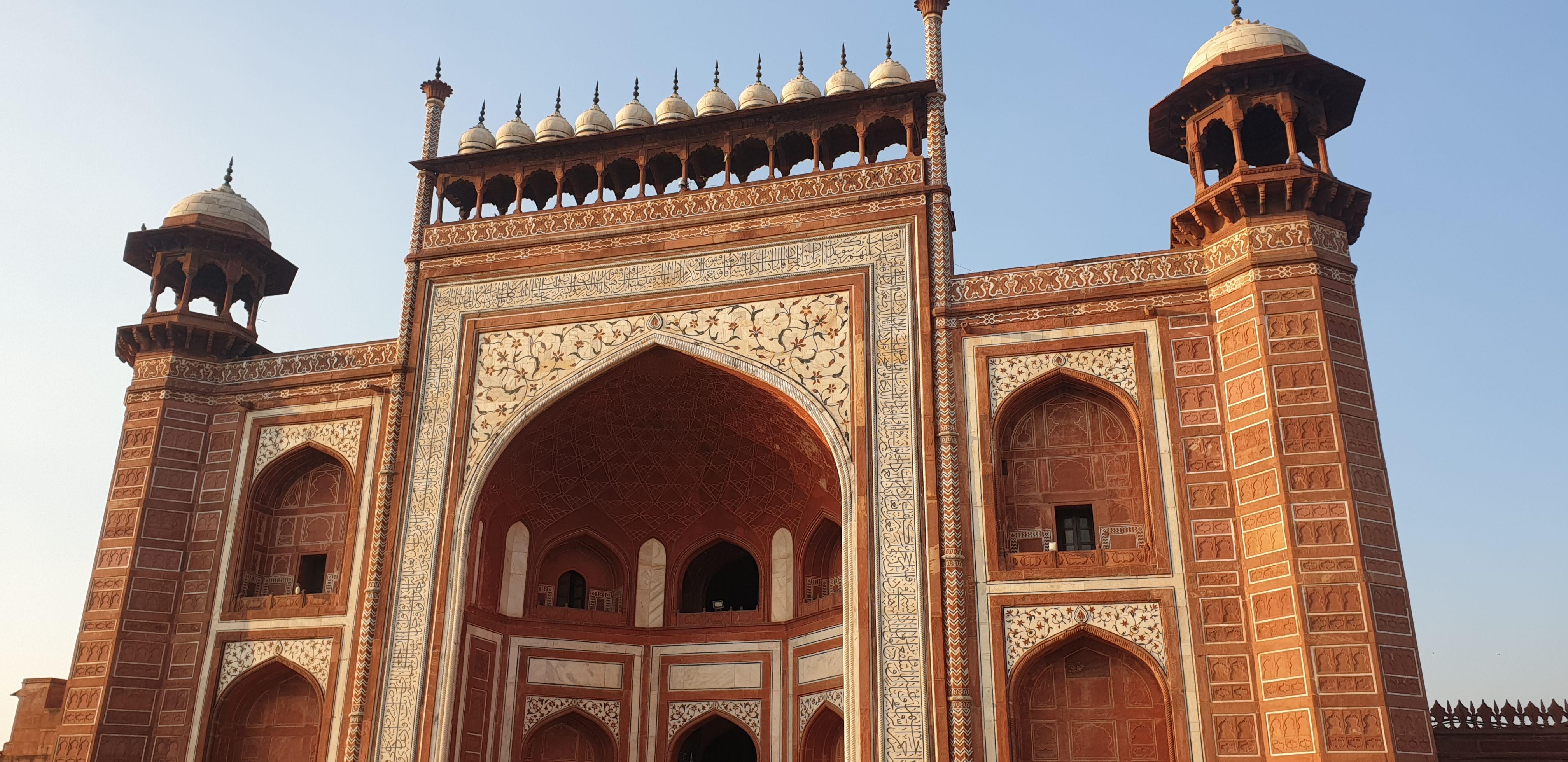 All Inclusive Private trip to Taj Mahal from Delhi by Train