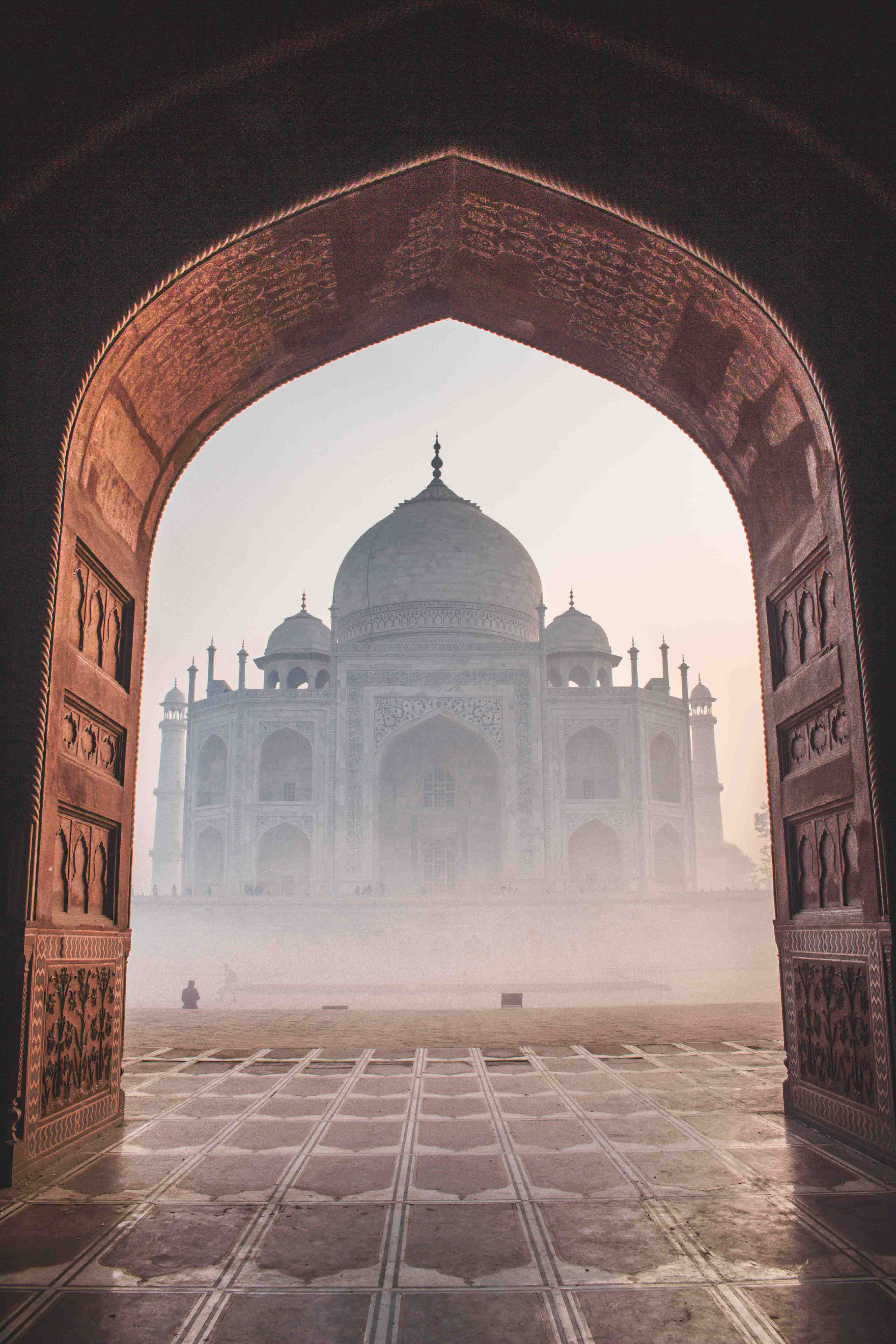 Full Day City tour of Agra with Hotel Pick-up and drop-off