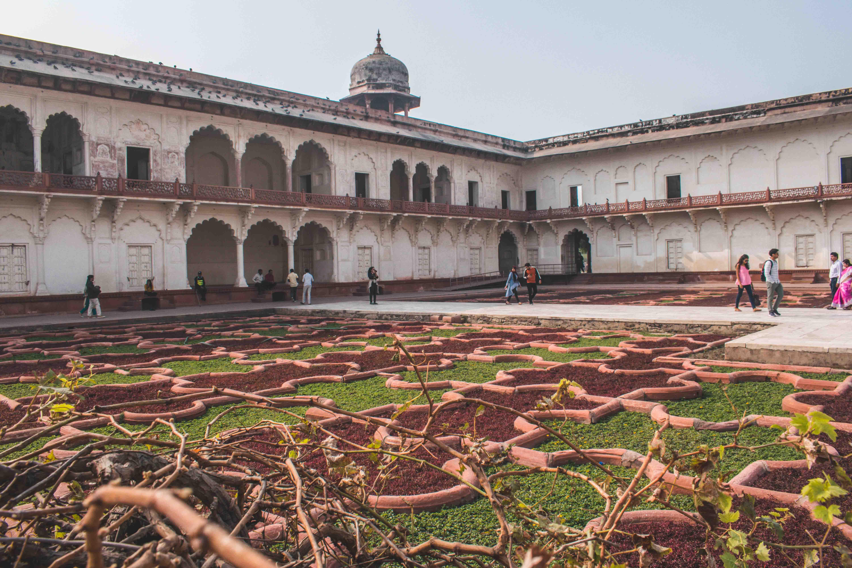 From Delhi: Private Transfer Service to Agra