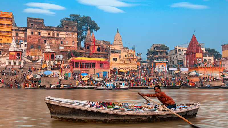 From Varanasi: Morning Tour with Boat ride, Akhada and Heritage Walk