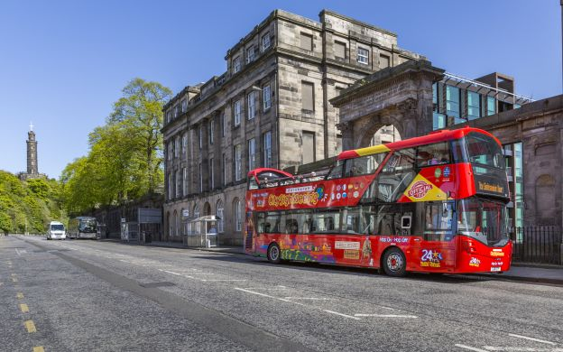 City Sightseeing Edinburgh: Hop-On, Hop-Off Bus Tour with Palace of  Holyroodhouse Ticket