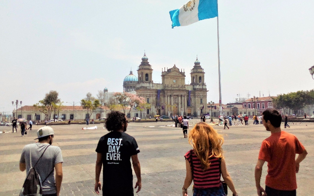 Sunday Pop-up Market & Monuments of Guatemala City from Antigua Tour