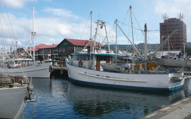Hobart City by Coach & Tram, Female Factory, Cascade Valley, Organ Pipes, & Richmond Full Day Tour