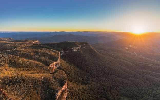 Blue Mountains Sunset & Guided Wilderness Tour, Sydney