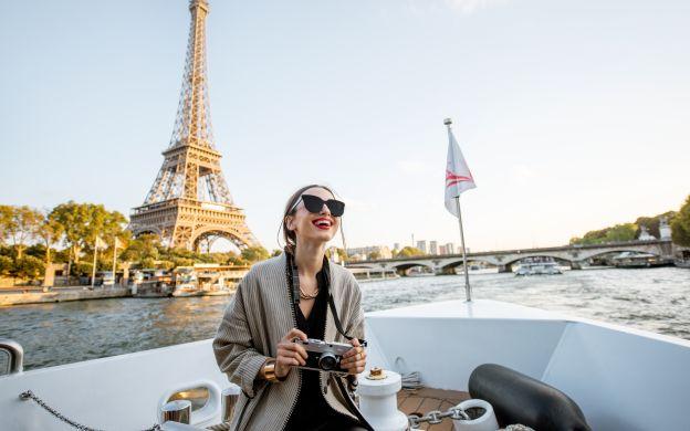 Seine River Cruise with Guide - Vedettes de Paris