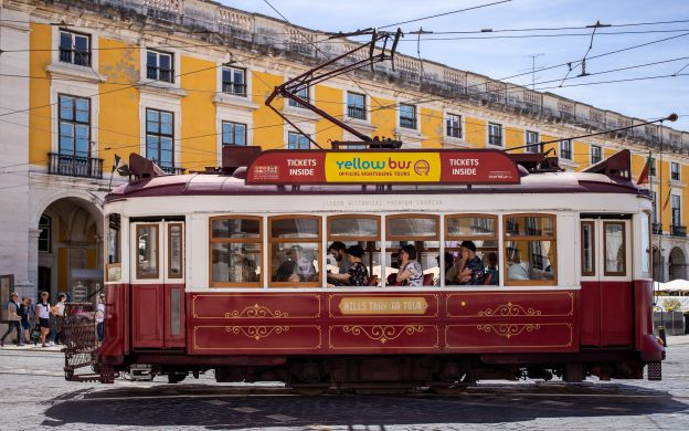 Yellow Bus Lisbon Hills Tramcar & Optional Upgrades