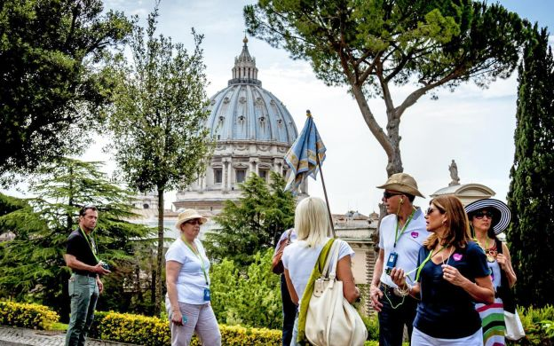3-in-1: Vatican Museum, Sistine Chapel & St. Peter's Basilica Tour (Skip-The-Line)