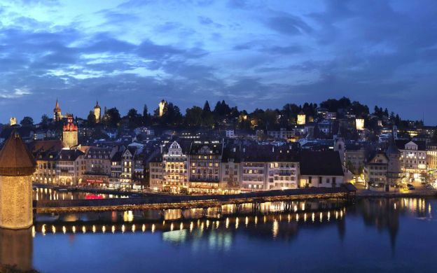 3-Day Guided Tour Pilatus, Titlis and Jungfraujoch From Zurich