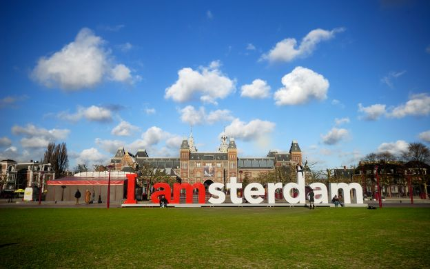 Amsterdam in a Nutshell: The Royal Palace, Canal Cruise and more!